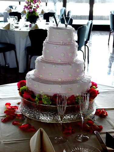 Wedding Cake with Roses and Snowball Flowers | Chambliss Design