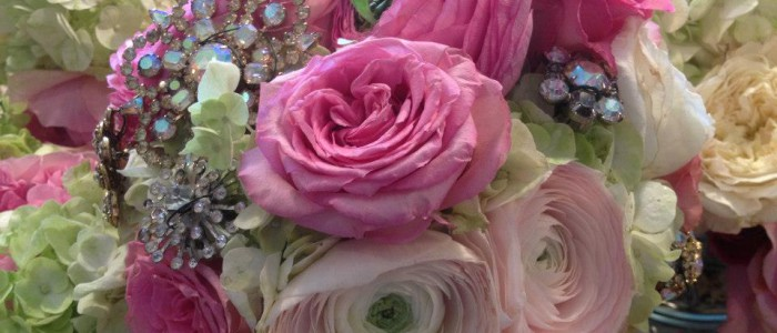 Bridal Bouquet Ranunculus Garden Roses Brooches