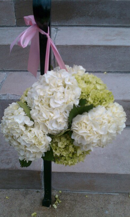 green and white hydrangeas for railing at The Carrick House