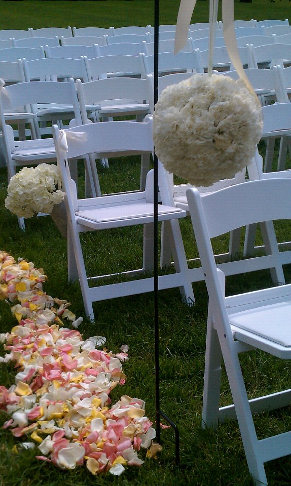 Flower pomanders, petals and french buckets