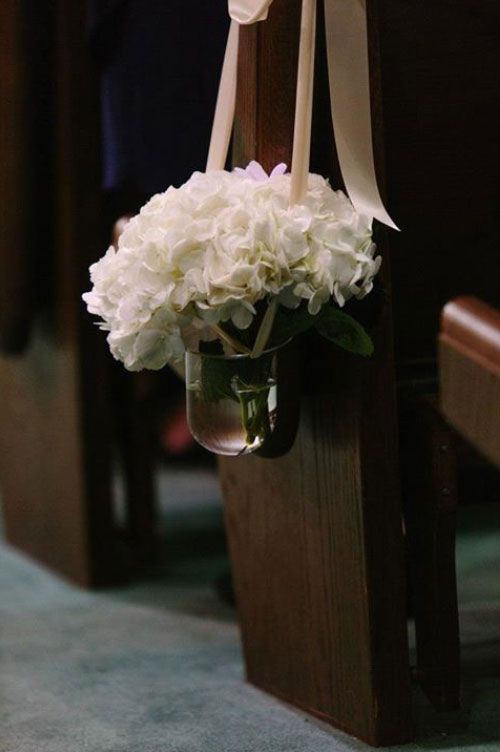 Simple and elegant Aisle marker