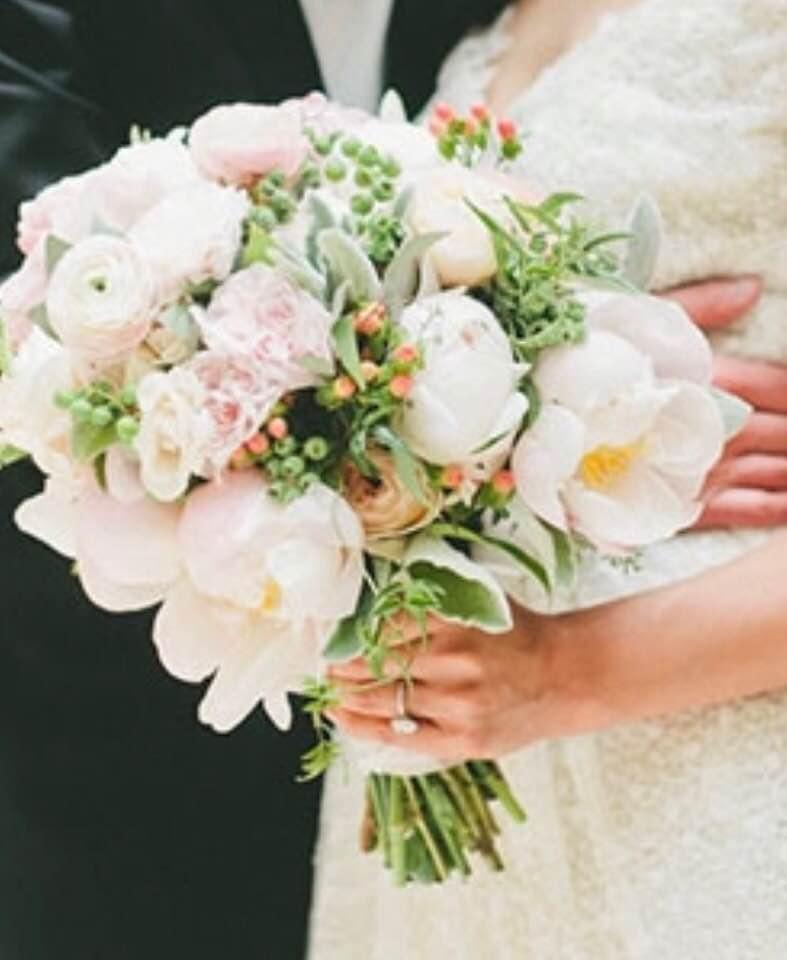 Bridal Bouquets Flowers – Chambliss Design :: Florist Lexington KY